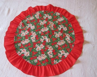 Vintage small round tablecloth