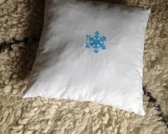 Cushion Blue Snowflake