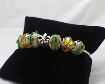 Green Glass Bead Bracelet 050
