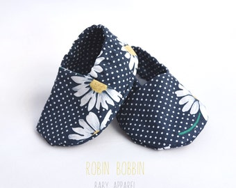 Daisy Baby Booties 3 - 6 months