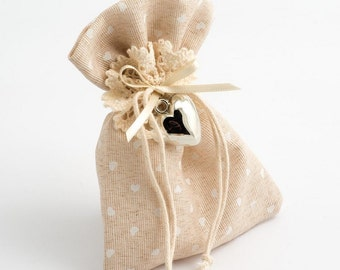 10 Hessian Favour Bags with Mini Heart Design