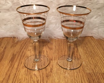 Gold Detail Wine Glass Duo