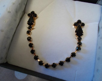 Beautiful 18ct Gold Plated & Jet Crystal Cardigan Clip
