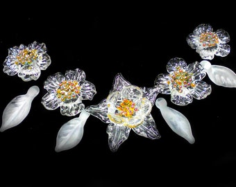Crystal flowers Lampwork beads Flower and leaf Beads flower White flowers Glass flowers Set to create necklaces Murano glass Beaded necklace