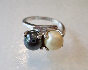 Vintage 18K Gold Electroplate Stamped, Pearls Ring, Size 5.5.