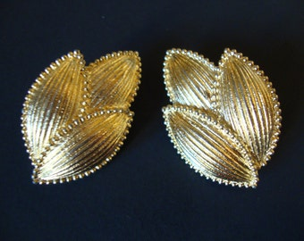 Vintage Trifari Signed, Gold Tone Huge Clip Earrings.