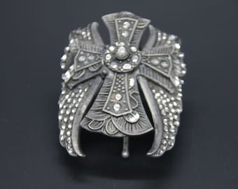 Large Cross With Angle Wings Pony Tail Cover