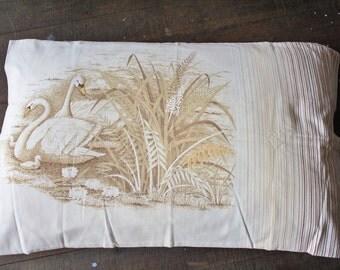 Vintage Swan Pillowcase, 70s pillow slip