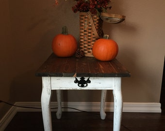 SOLD!!! Rustic Farmhouse Side Table / Bed Table / Antique Small Table / Upcycled / End Table