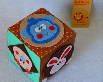 SALE!!! Cube made of felt - child development - study of animals - color study - a product made of felt - handmade