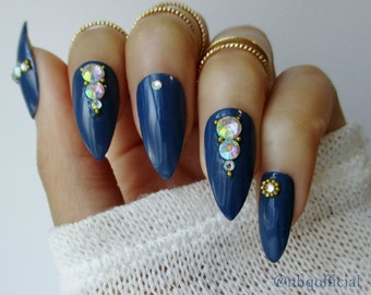 3d Nail Art | Fake Nails | Stiletto Nails | 3d nails | Rhinestones