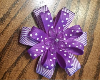 Hairbow, purple and white (alligator clip)