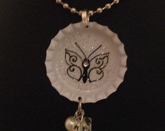 Butterfly Crystal bottlecap necklace, Bottle cap jewelry, Bottle Cap Necklace, Bottle Cap Pendant, Butterfly, Gift for Women, Women, Pendant
