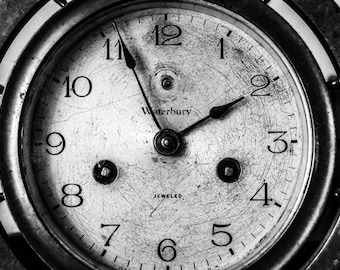 Black and white photography, clock - Time