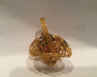 Antique Gold Filled Multi-Deminsional Flower Basket pin 2inx2inx1 1/2in