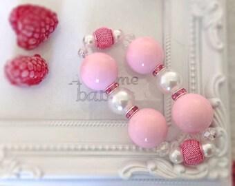 Chunky bead bracelet, pink beaded bracelet, pearl bracelet, chunky bead elastic bracelet, pink rhinestone bracelet, light pink