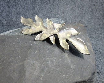 Vintage, Silver Tone, Leaf Pin, 2 Leaves, Detailed, Matt Finish