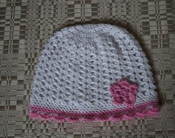White Crochet Girl Hat, Crochet Hat, Newborn Baby Girl Hat, White Hat with Flower, Christening Baby Hat, Photo Prop Hat, Baby Beanie.
