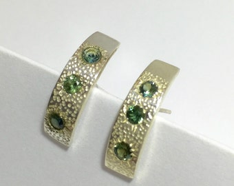 Curved Sapphire Studs