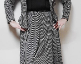 Suit skirt and jacket, Black and White