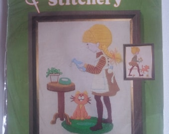 Quick 'n Easy Stitchery, It's Chow Time, 1970's Vintage Embroidery Kit