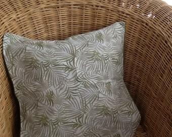 Leaf cushion cover.green linen