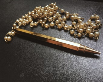 Vintage faux-pearl pencil necklace-free US shipping!
