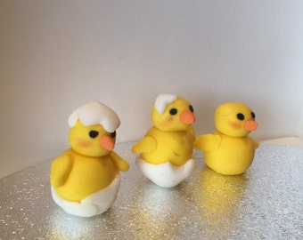Edible Fondant Easter/Spring Luttle Ducks Cake/Cupcake toppers