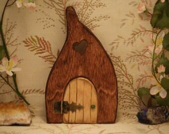 Fairy Door with Heart Shaped window #170816