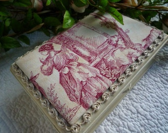 Weathered old box. Toile de Jouy.