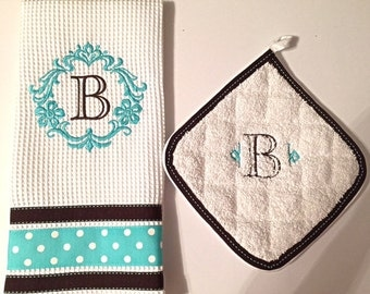 Monogrammed Kitchen Towel Set, Kitchen Towel, Potholder, Kitchen Gift, Embroidered Kitchen Towel