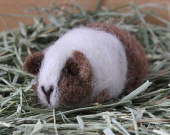 Needle Felted Guinea Pig Craft Kit - Doris Brown & White