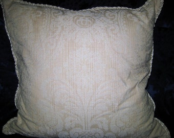 Large Sturdy Linen in Damascus Pattern 2-sided pillow