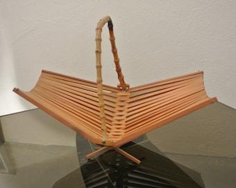 Foldable 60s fruit bowl made of wood