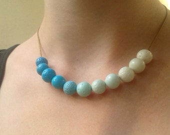 Free shipping. Shades of blue. Necklace.