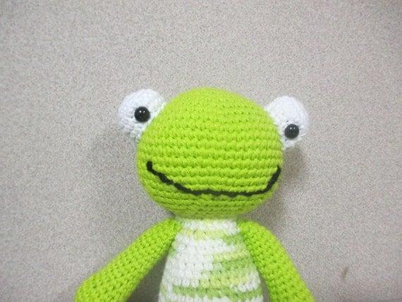 Kawaii Frog Amigurumi : Super cute crochet/amigurumi frog doll