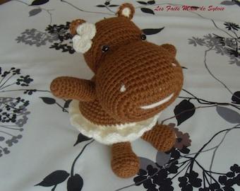 Hippopotamus ballerina in crochet