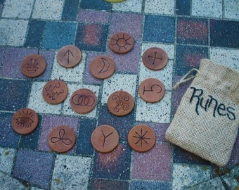 13 Wood Witches Runes