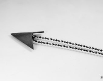 II -necklace, shorter chain