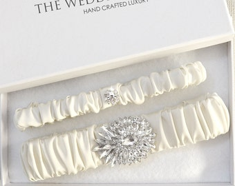 Wedding Garter Set, Bridal Garter, Ivory Garter, Cream Wedding Garter, Ivory Wedding Garter, Satin Garter, Rhinestone Garter, Dimond Garter
