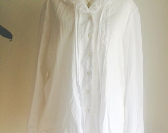 Gorgeous Laura Ashley Blouse with Lace