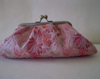 Clutch Purse, Clutch Bag, Pink and Silver Flower Brocade, Vintage Taffeta Lining, Kiss-Lock Frame, Evening Bag, Wedding Clutch,