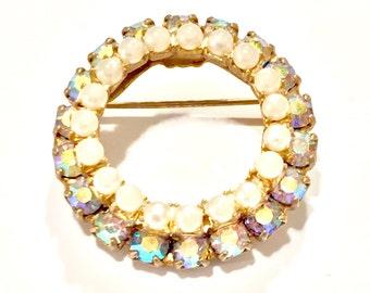 Aurora borealis pearl round pin