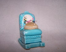 Vintage 1960's Souvenier Ceramic Rocking Chair Pin Cushion from Opryland USA