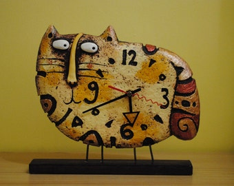Cat Clock   Desk Clock   Designer Clock   Table Clock   Paper Mache