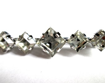 Vintage Square Cut Claw Set Rhinestone Bar Brooch Pin Silver Tone Rhodium Plated