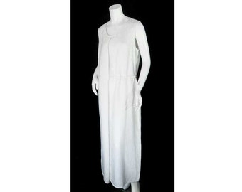 Animale, Size: 3, Medium, White Linen Full Length Sheath Dress, Lagenlook Style, Front Pleat, Self Fabric Tie, Sleek and Chic