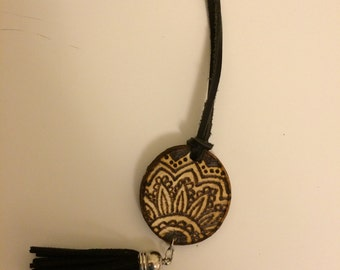 Henna flower necklace