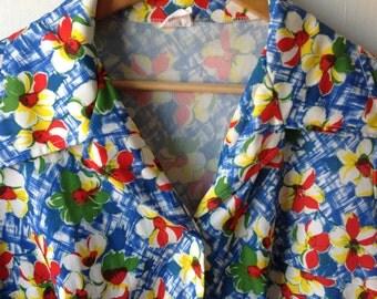 Plus size vintage floral blouse