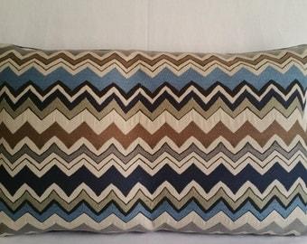 Decorative Pillows:   Schultzie